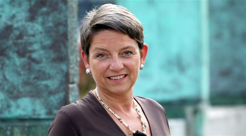 Porträt Christine Altstötter-Gleich