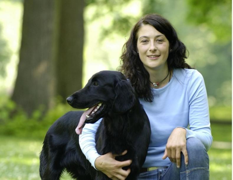 Stefanie Sprauer mit Hund